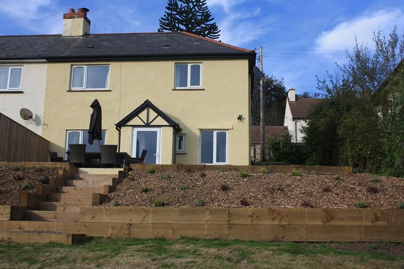 Combe Lane Cottage, Exford - Modern property with large garden for up to 5 guest, holiday rental in Withypool
