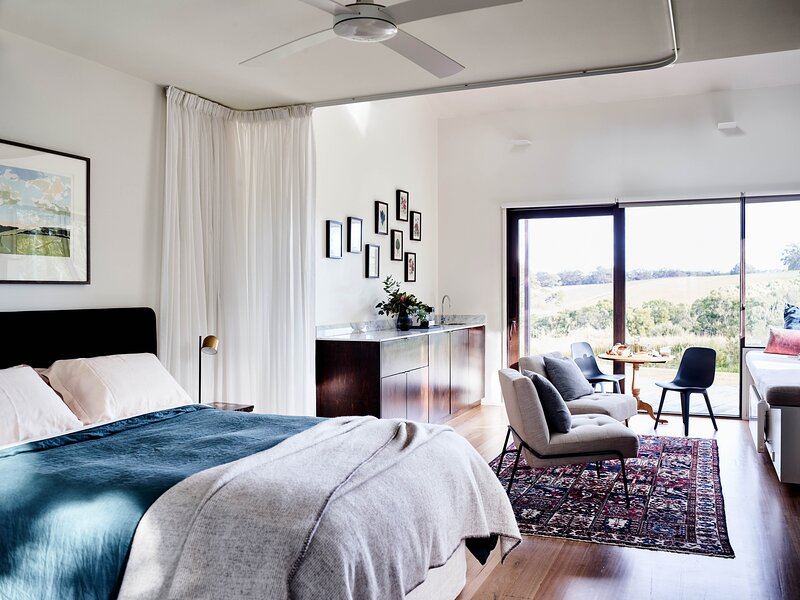 Hart's Farm Retreat, holiday rental in Red Hill