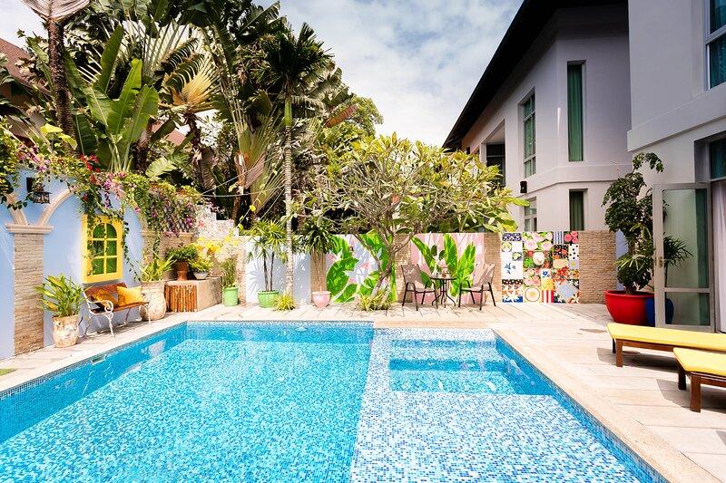 Nagawari Nirvana Platinum BBQ Villa 7 Bedroom, holiday rental in Jomtien Beach