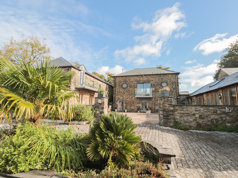 Manor Cottages, Bratton Clovelly, holiday rental in Lydford