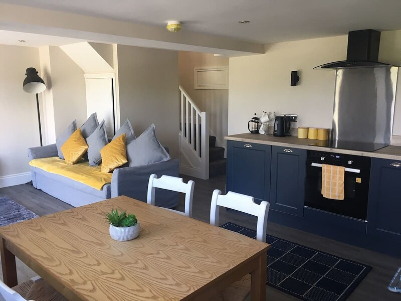 Beautiful 1-Bed Apartment in Burnley, vacation rental in Whalley