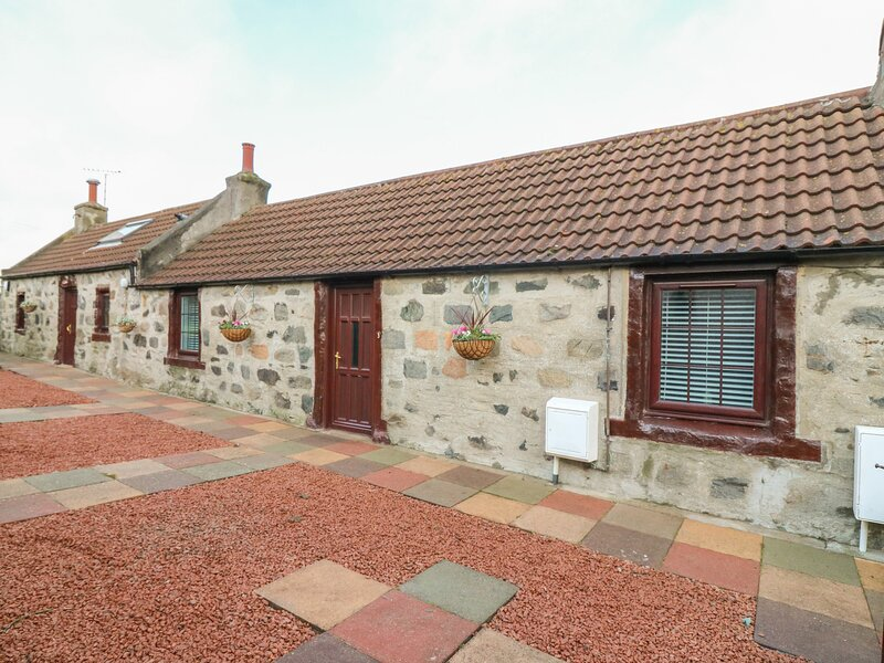 Viola Cottage, Fraserburgh, vacation rental in Mintlaw