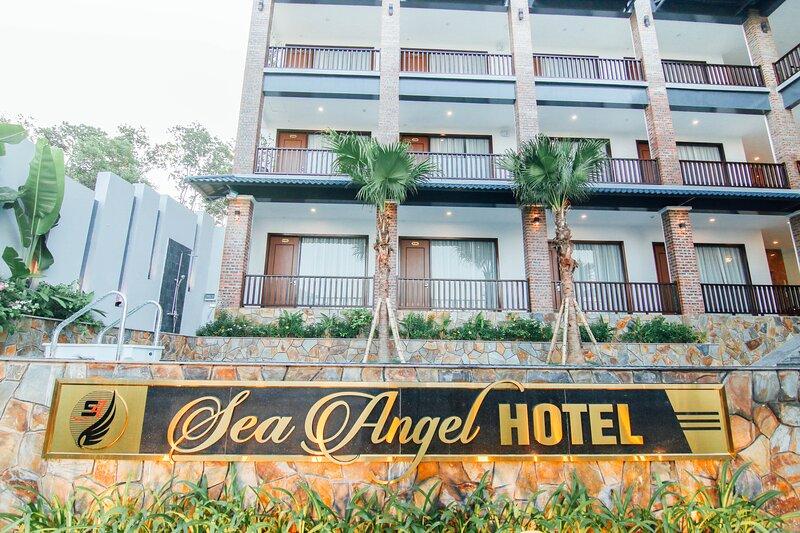 Sea Angel Hotel Halong, vacation rental in Halong Bay