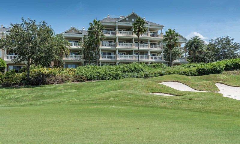 [amenities:Golf-View:3] Golf View