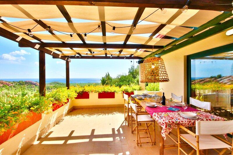 LA PERLA dell'Eden by Klabhouse – w/private garden & Seaview Terrace, holiday rental in Eden Rock