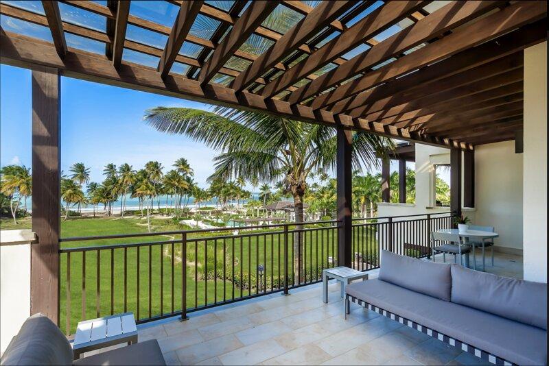 Villa Vistas Ocean Front Luxury Villa at St. Regis Bahia Beach Resort, holiday rental in Cayey