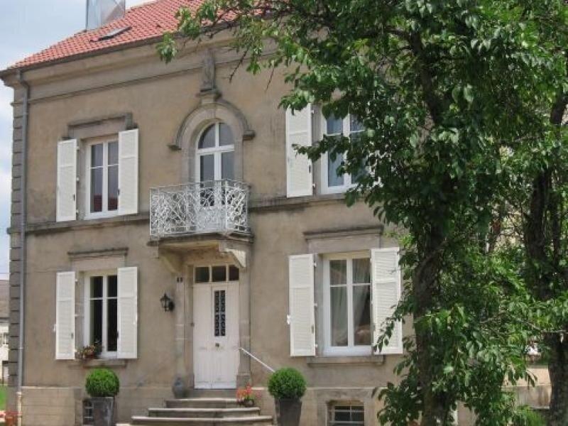 LA MAISON DES CHAMPS, vacation rental in Aillevillers-et-Lyaumont