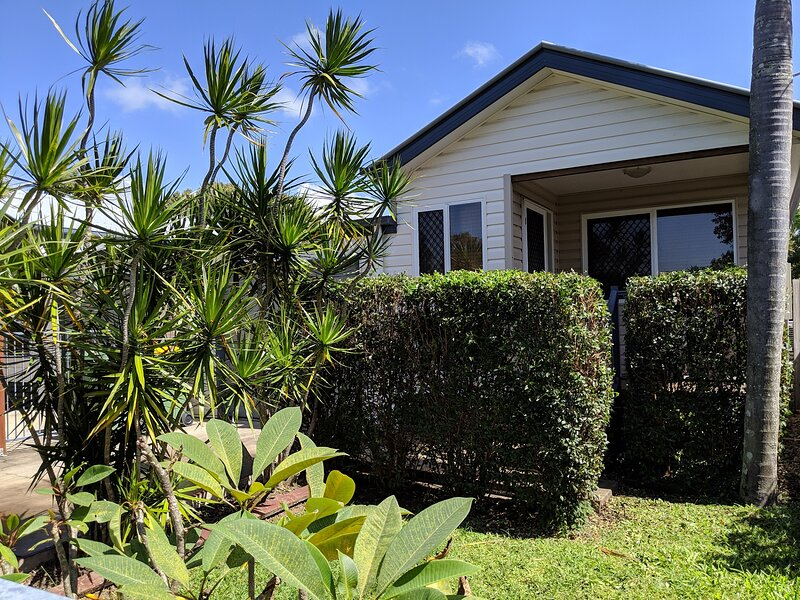 Mackay Holiday House - The Baramundi, holiday rental in Mackay