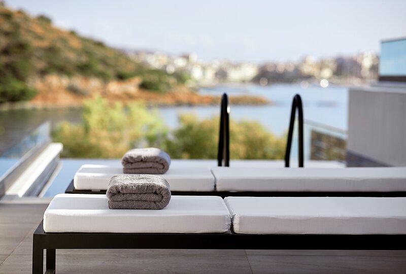 White Sand Beach Villa, holiday rental in Amoudara