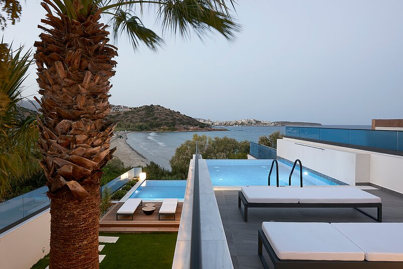 White Sand Villa - Beachfront Villa, holiday rental in Amoudara