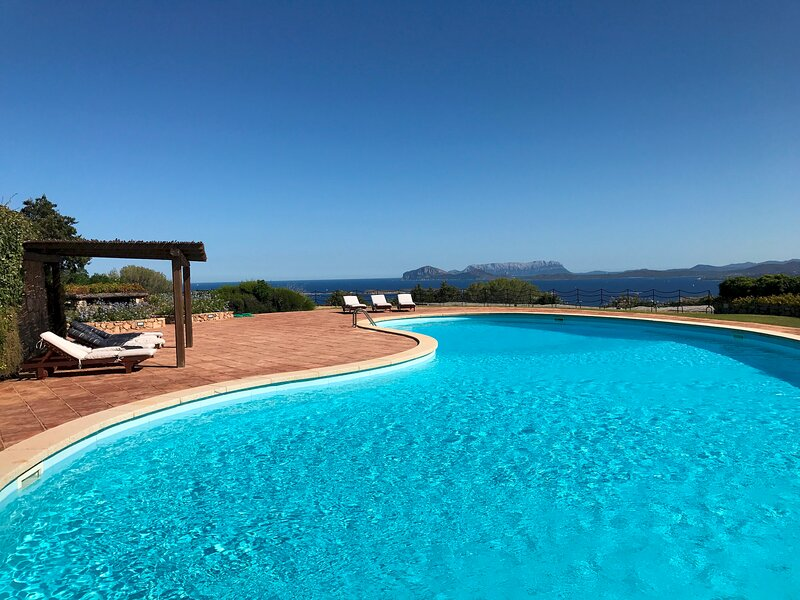 G5 Homes - Villa Louise  SS-A453-MOTU1BT, holiday rental in Cala di Volpe