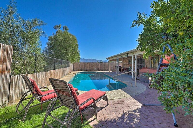Pet-Friendly Tucson Home w/ Heated Pool & Hot Tub, location de vacances à Vail