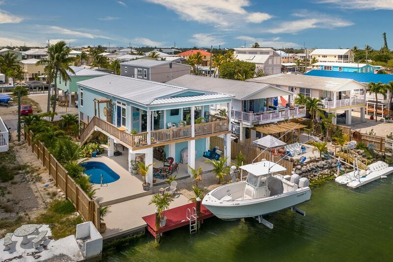 Ocean Breeze Oasis With Excellent Boating Access, vacation rental in Marathon Shores