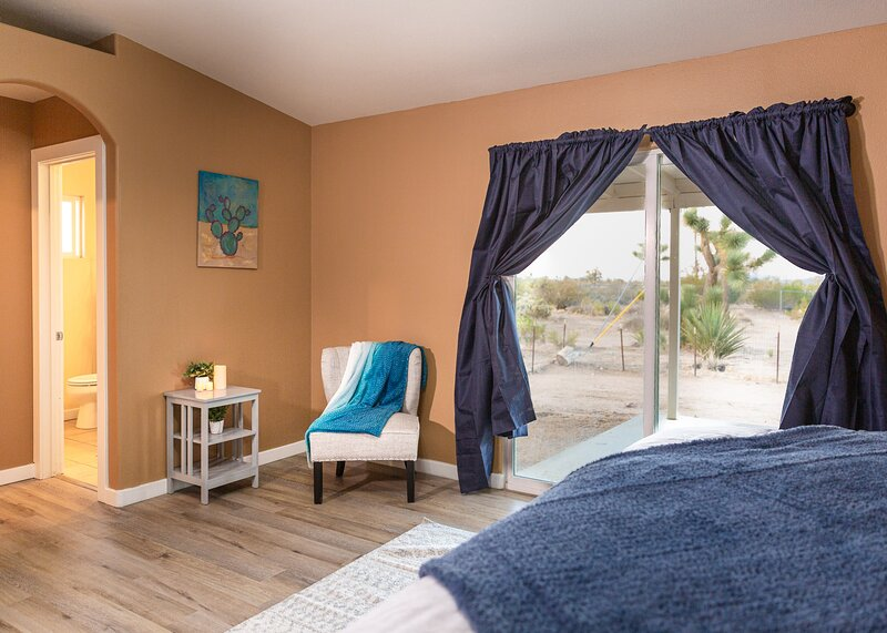 NEW Listing! Quail Country Retreat, location de vacances à Yucca Valley
