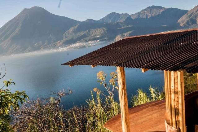 Rose Cabin * Eagle's Nest, alquiler de vacaciones en San Pedro La Laguna