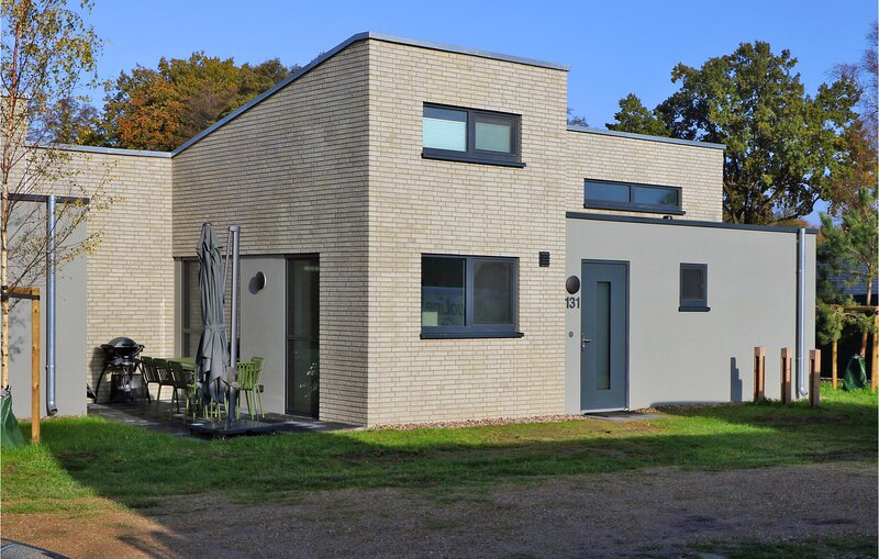 Beautiful home in Lembruch/Dümmer See with Sauna, WiFi and 2 Bedrooms (DDS274), holiday rental in Goldenstedt