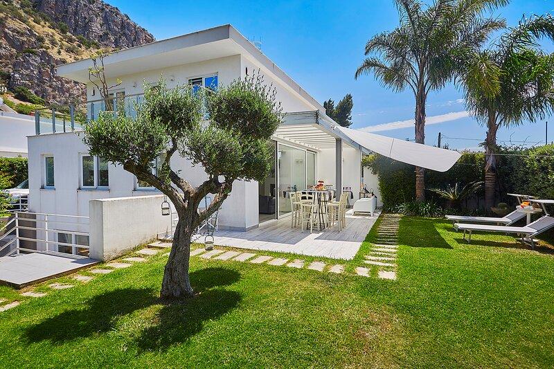 Dream House for a dream vacation in Mondello, holiday rental in Mondello