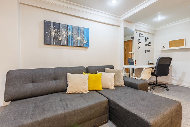 2 BR Apartment in City Center, holiday rental in Princes' Islands