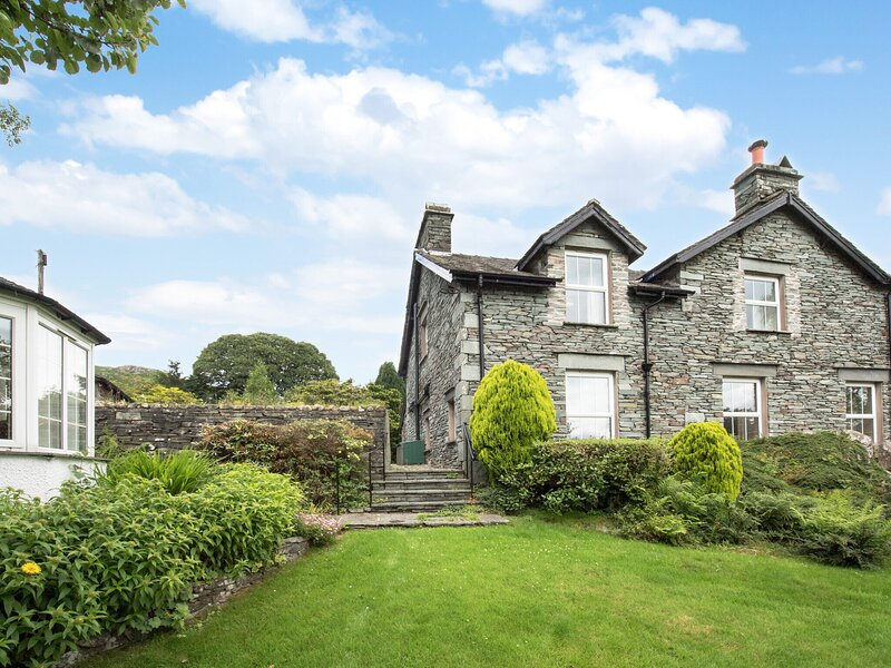 Vintage Holiday Home at Elterwater with Swimming Pool, holiday rental in Little Langdale
