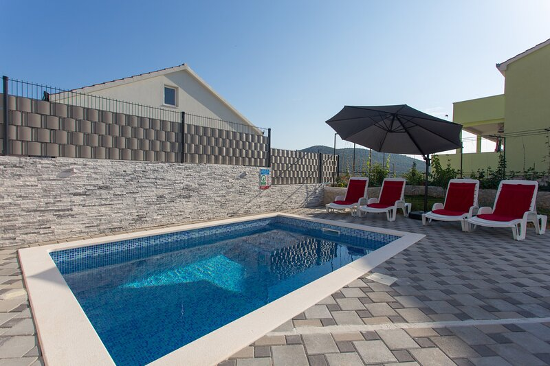 Villa Bianca, vacation rental in Vinisce