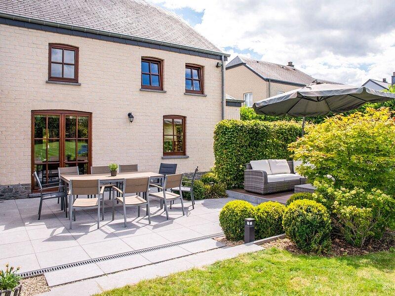 Garden-View Villa in Habay-la-Neuve with Sauna, vacation rental in Bigonville