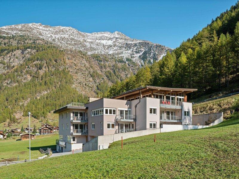 Mountain-view Apartment in Zweiselstein near Gaislachkogel, holiday rental in Zwieselstein