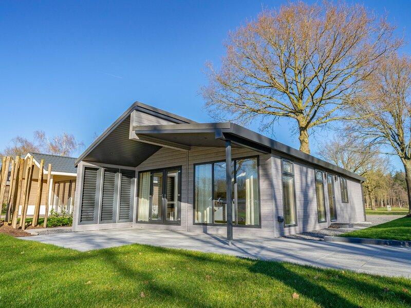 EuroParcs Resort Kaatsheuvel, vacation rental in Aalst