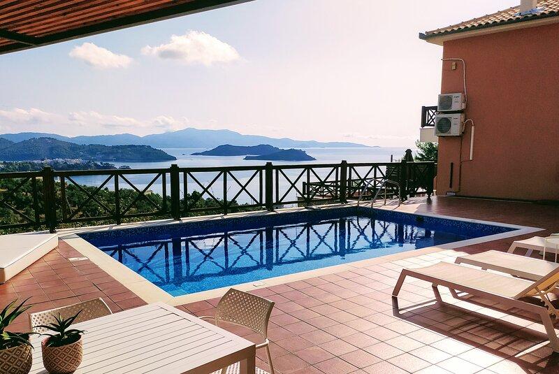 Villa IO, holiday rental in Kanapitsa