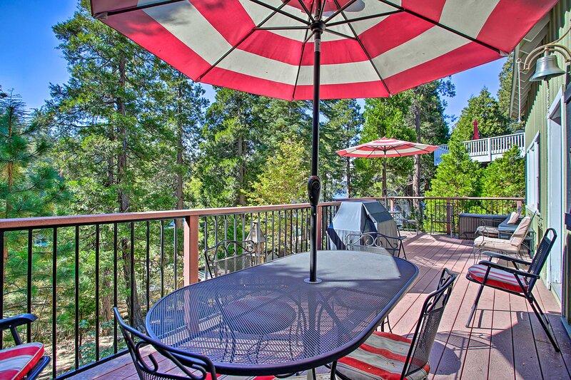 Private Cabin | Lake View