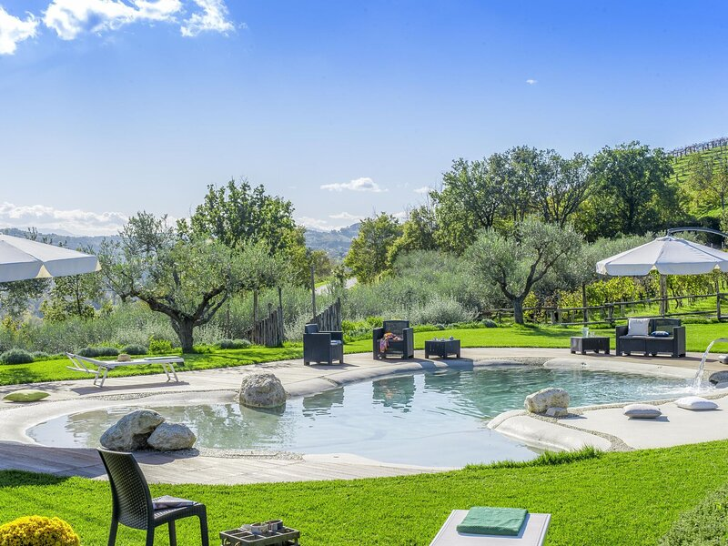 Restful Holiday Home in Fermo with Swimming Pool, holiday rental in Monte Giberto