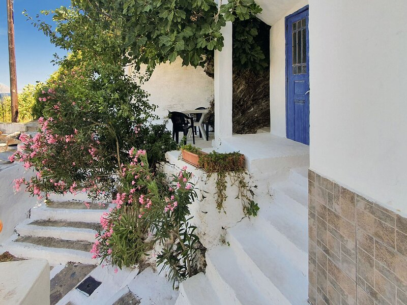 Pretty Apartment in Therma with Balcony, holiday rental in Kato Raches