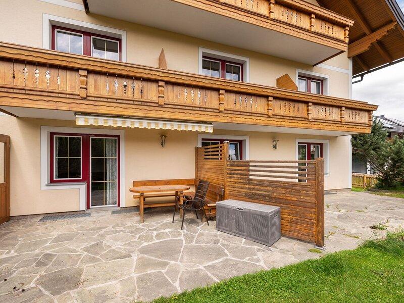 Snug Holiday Home in Mariapfarr near The Outdoorparc Lungau, alquiler de vacaciones en Mariapfarr