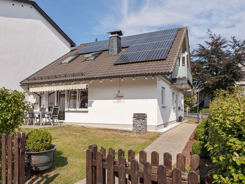 Snow-covered Holiday Home in Winterberg with Sauna, Garden, holiday rental in Langewiese