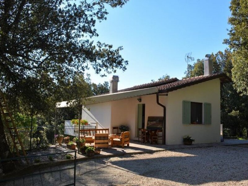 Relaxing Villa in Rofrano near Tennis Court and Town Centre, holiday rental in Sassano