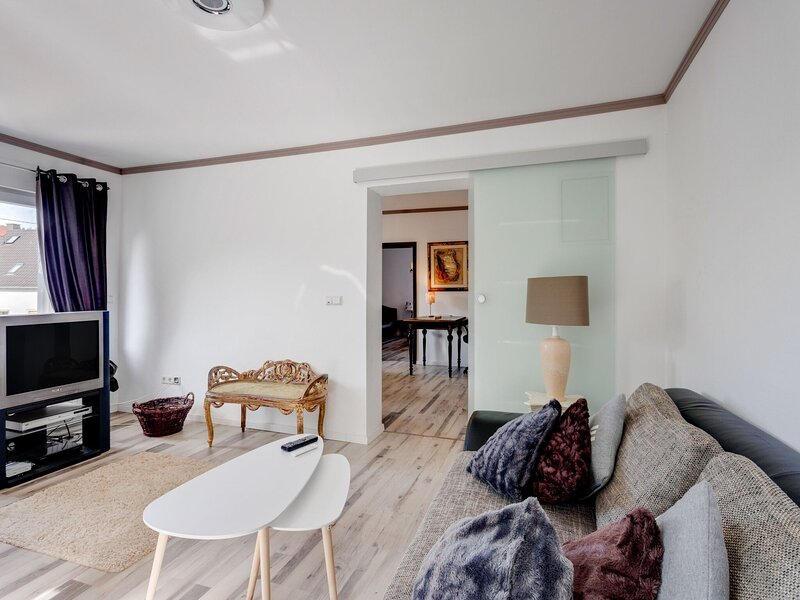 Bewitching Apartment in Wadern with Garden and Terrace, holiday rental in Weiskirchen