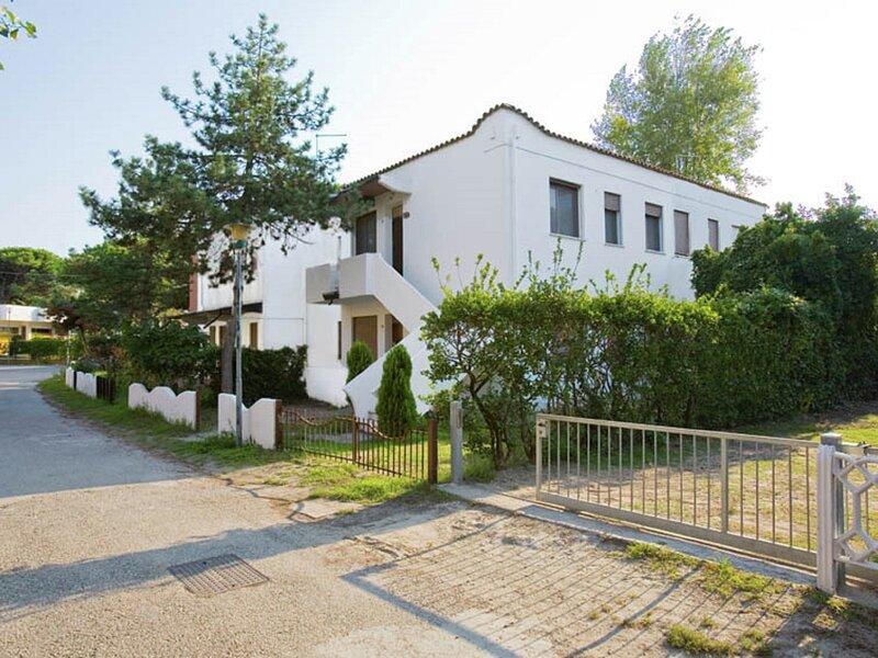 Nice holiday home close to sea, in Rosolina Mare, near Venice, location de vacances à Rosolina Mare