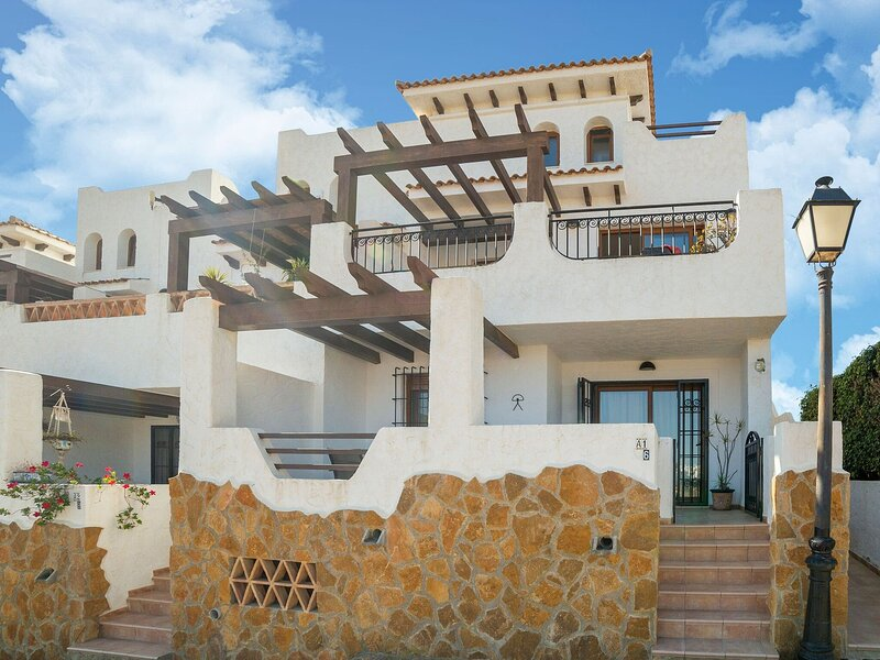 Charming Apartment in Palomares with Private Terrace, alquiler vacacional en Palomares