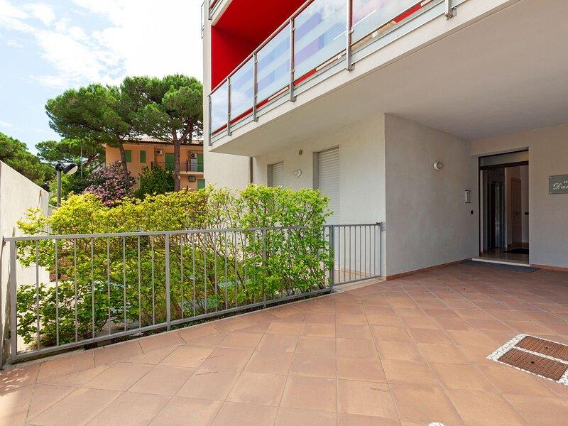 Modern holiday home close to the sea, in Rosolina Mare, near Venice, vacation rental in Sant'Anna di Chioggia