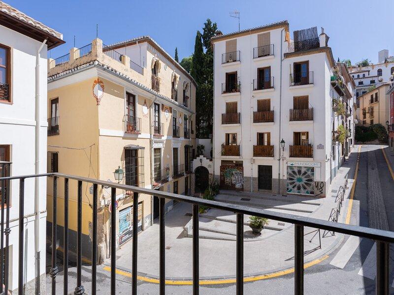 Simplistic Apartment in Granada near Generalife, holiday rental in Puerto-Lopez