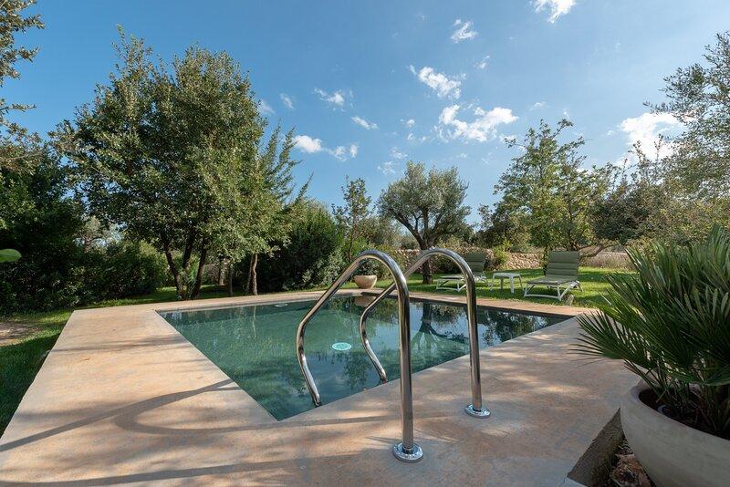 Villa Manghisi, vakantiewoning in Rigolizia