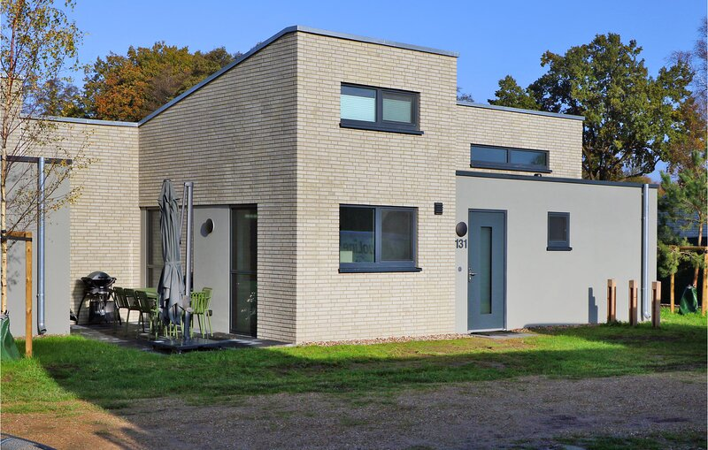 Awesome home in Lembruch/Dümmer See with Sauna, WiFi and 2 Bedrooms (DDS283), holiday rental in Goldenstedt