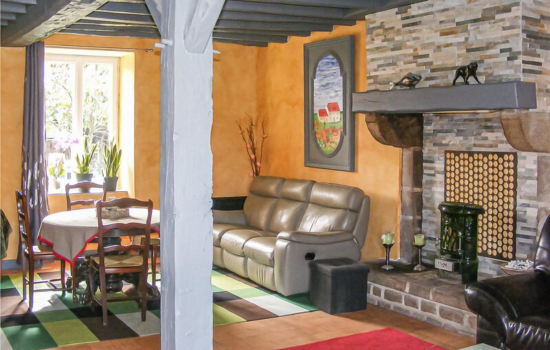 Awesome home in St Maurice La Souterr. with Outdoor swimming pool and 4 Bedrooms, vacation rental in Creuse