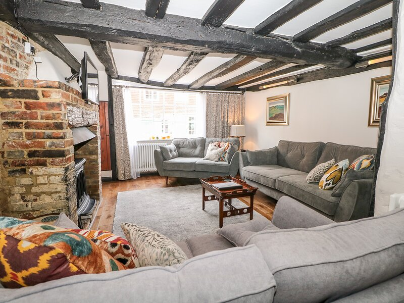 Bayeux Cottage, Battle, holiday rental in Bodle Street Green