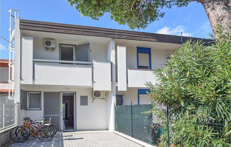Villa Elena (IEK355), vacation rental in Porto Garibaldi