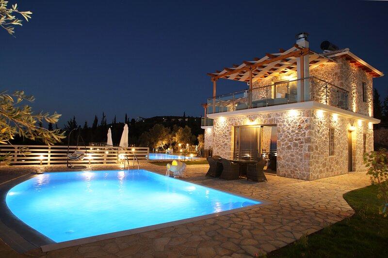 Charming villa Angela close to Kathisma and Mylos beach, holiday rental in Lefkada Town
