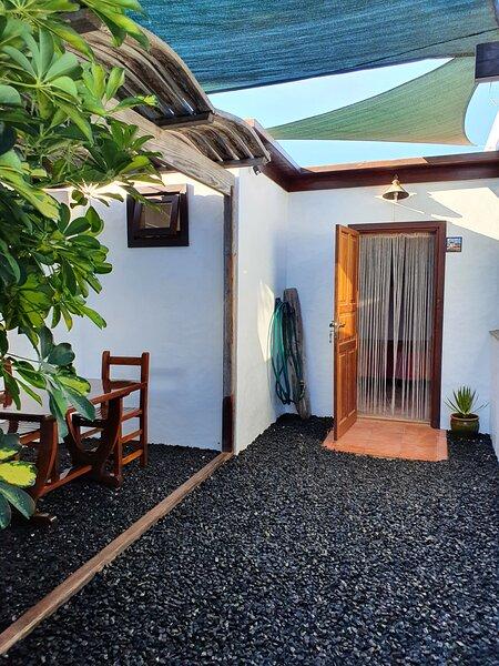 Finca Molino de Tiagua. Habitación Independiente, holiday rental in Tiagua