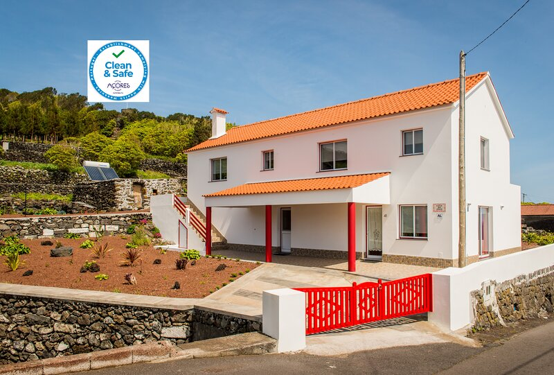 Casa da Vigia T1 com vista mar, casa vacanza a Santo Amaro