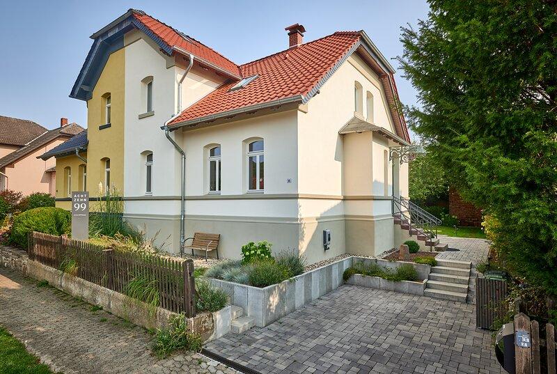 1899 - Das 5-Sterne-Ferienhaus im nördlichen Harzvorland, holiday rental in Veltheim