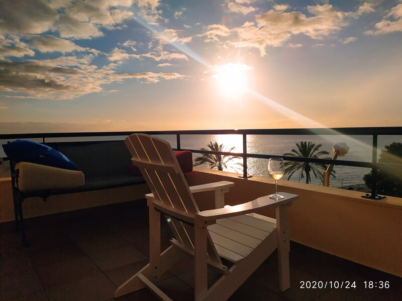 PENTHOUSE       Marina Sol    20785/AL, holiday rental in Ponta Do Sol
