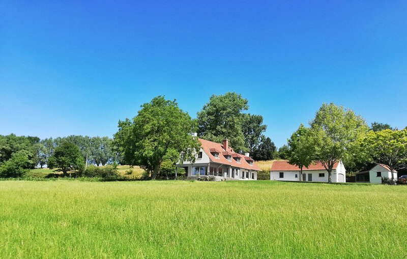 KoppenHerberg - Magisch verblijf in het hart van Vlaamse Ardennen, te Oudenaarde, vacation rental in Flobecq
